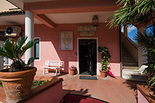 Hotel Villa Etrusca - The entrance